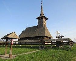 wooden-church-1547631_1280