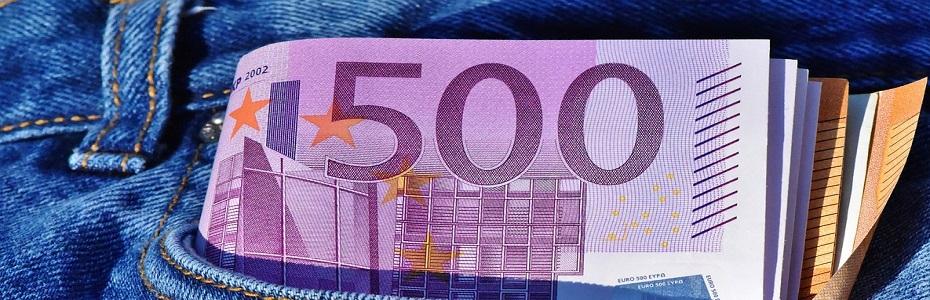"Bani pentru fermieri prin ""ROMANIA STRAT-UP PLUS"""