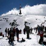 Nu știti dacă se poate schia la munte? Au fost deja deschise aproape 4 pârtii având condiții bune!